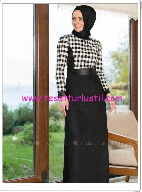 Refka deri detaylı kaz ayağı desenli elbise-95 TL