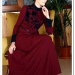 Tozlu giyim bordo flag baskılı uzun elbise-100 TL