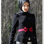 Mustafa Dikmen siyah fiyonk kemerli ceket-200 TL