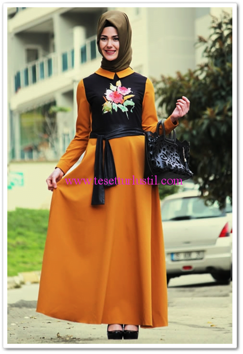 Özne olmak hardal çiçek desenli tesettür elbise-160 TL