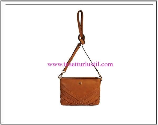 Desa konyak rengi kol çantası-449 TL