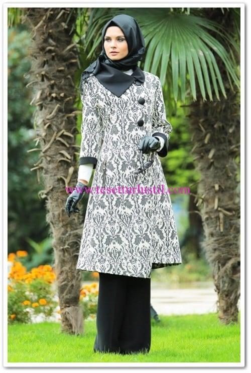 butik-simge-genis-yaka-astarli-kap-siyah-200 TL