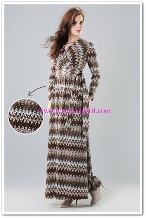 butik-simge-v-yaka-kesim-elbise-acik-kahve-120 TL