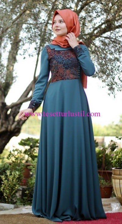 Hilal Baş yeşil lisa tesettür elbise-250 TL