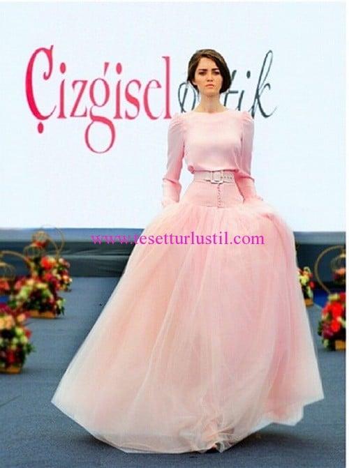 Çizgisel Butik prenses kabarık etekli elbiseler