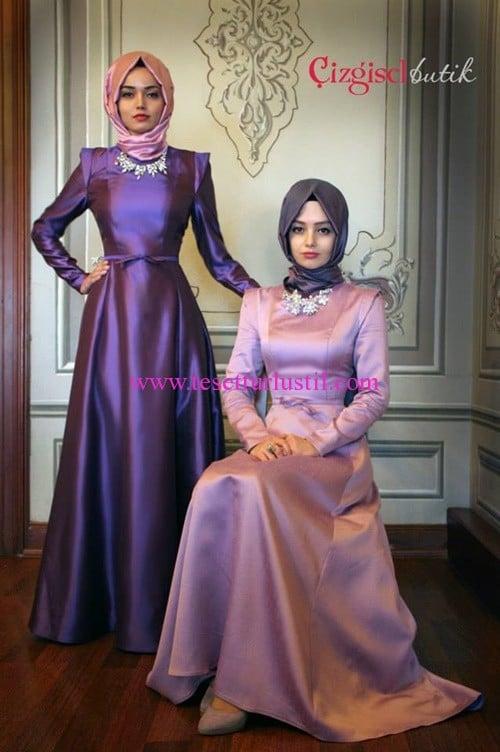 Çizgisel butik parlak saten abiye elbise modelleri