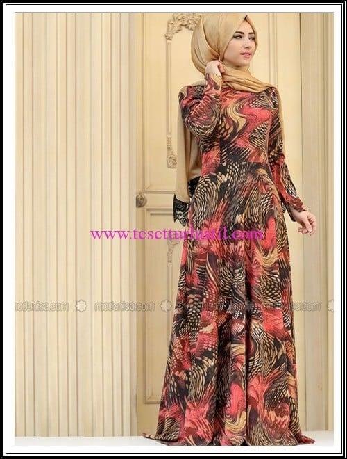 Zehrace mercan desenli tesettür elbise-200 TL
