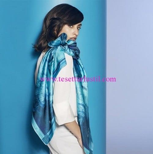 2016 Pierre Cardin mavi eşarp modelleri