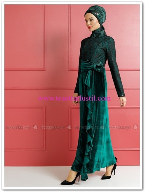 dantel-detayli-kadife-abiye-elbise-zumrut-dersaadet