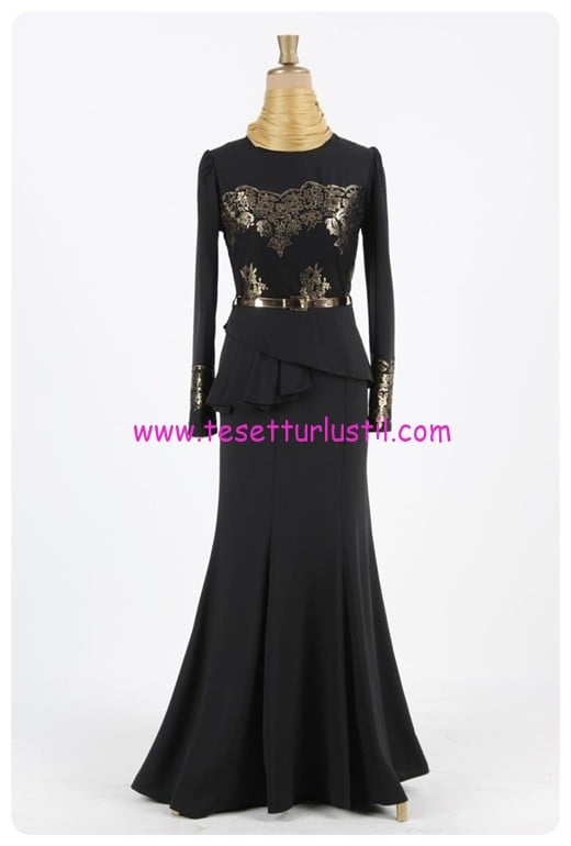 ayse-melek-volanli-kuyruklu-tesettur-abiye-elbise-siyah