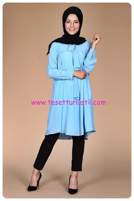 fularli-buzgulu-tunik-2083-mavi-kiraz giyim